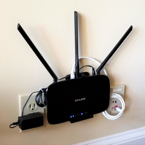 Download free STL Tp-Link TL-WR940N wall mount, jimjax