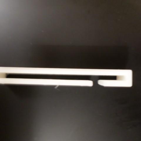 Archivos 3D Abrazadera para cinturón de seguridad, Leithauser