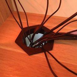 img-2.jpg Télécharger fichier STL gratuit Desk grommet / Passe-câble bureau • Plan pour imprimante 3D, BakoProductions