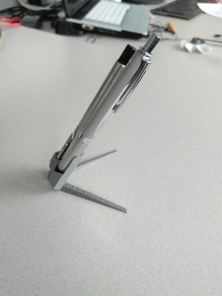 e983531e0890506e3ecf9cda80df093d_display_large.jpg Télécharger fichier STL gratuit porte-stylo double • Objet pour imprimante 3D, a69291954
