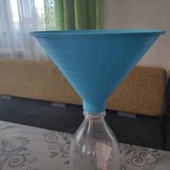 IMG_20201002_083205_small.jpg Télécharger fichier STL gratuit Entonnoir pour bouteilles en PET • Design imprimable en 3D, a69291954