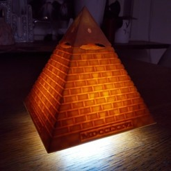 Télécharger fichier STL gratuit Eye of Providence - MDCCLXXVI (mini lampe LED), FiveNights