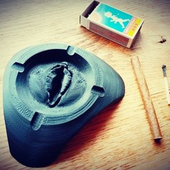 Free STL files ⭐ Ashtray with Surprise ⭐, FiveNights