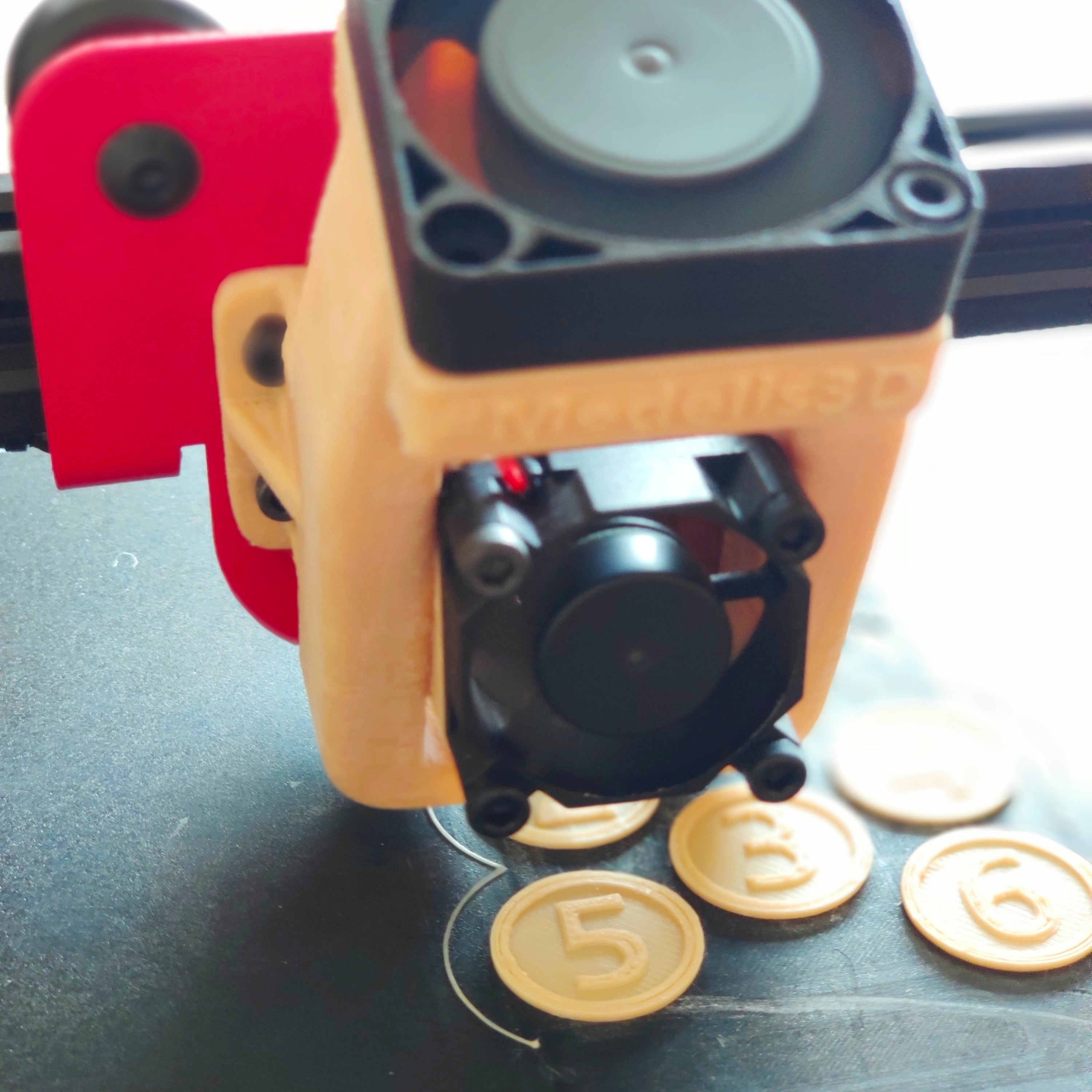IMG_20190822_085945.jpg Download free STL file Rotary punch - roll nr. label 20mm • Object to 3D print, FiveNights