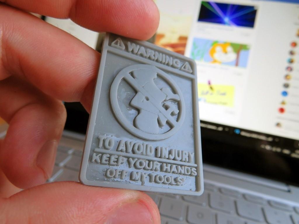 fdf3437f14a3ca5509e1025951e0030f_display_large.JPG Télécharger fichier STL gratuit Panneau d'avertissement amusant - Ne touchez à rien • Plan pour imprimante 3D, FiveNights