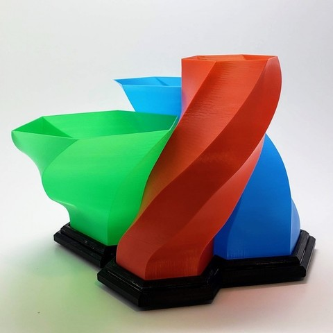 Download free 3D printing templates Helix Rising, MadMonkey