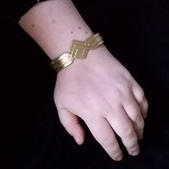 Free 3D print files Wonder Woman/Amazonian Inspired Bracelet, hterefenko