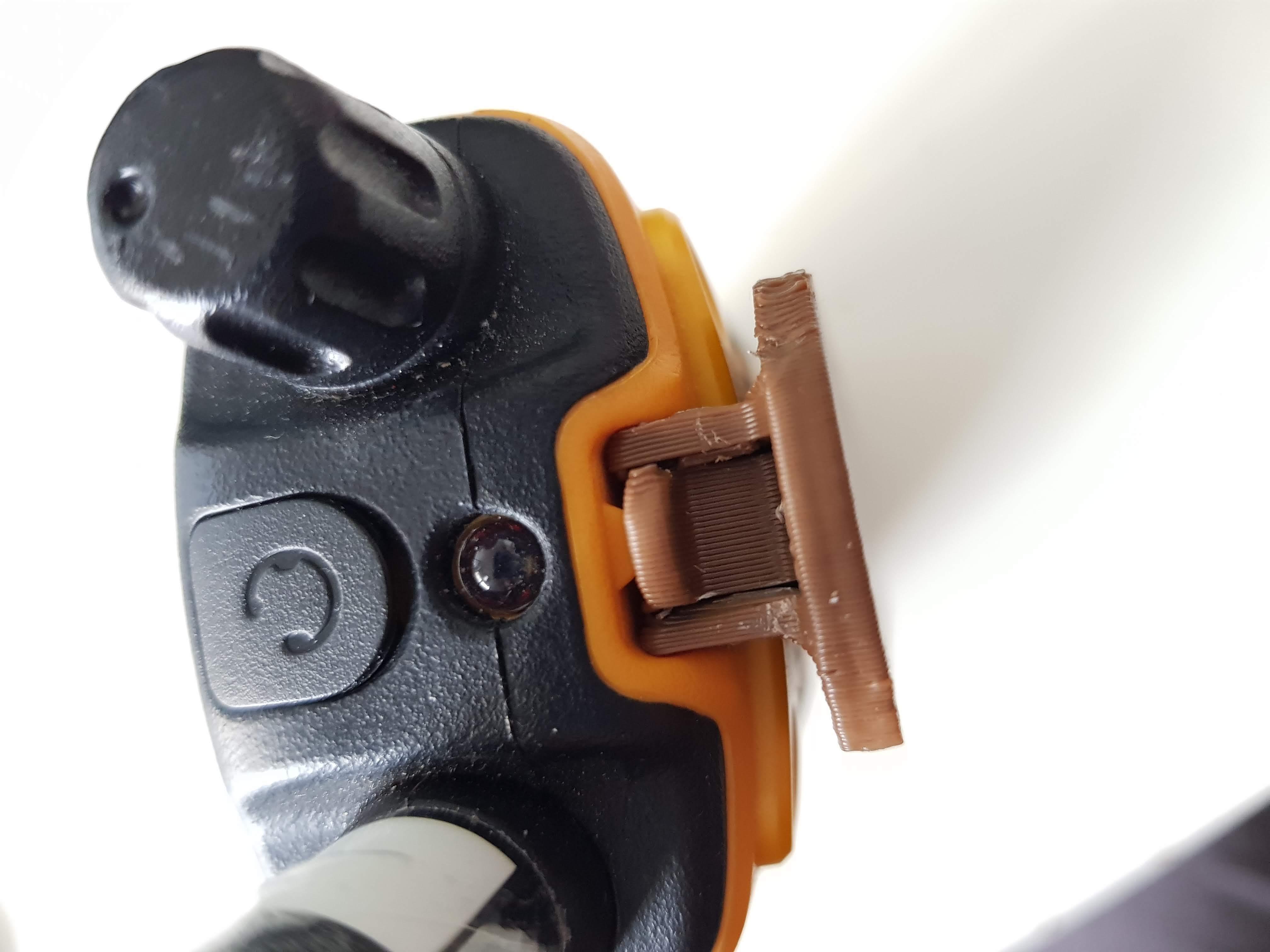 20200308_102829.jpg Download free STL file Belt clip walkie-talkie motorola T80 • Model to 3D print, Tom_le_Belk