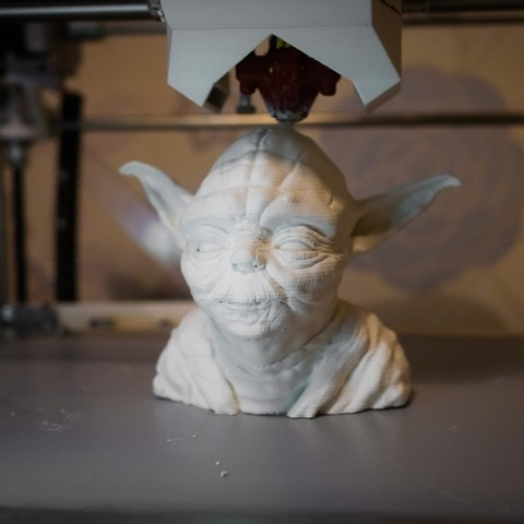 Download free STL Yoda bust (cleaned and simplified), Rowynolon
