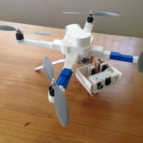 STL gratuit Train d'atterrissage à cardan (GoPro) avec adaptateur de batterie, Bolog3D
