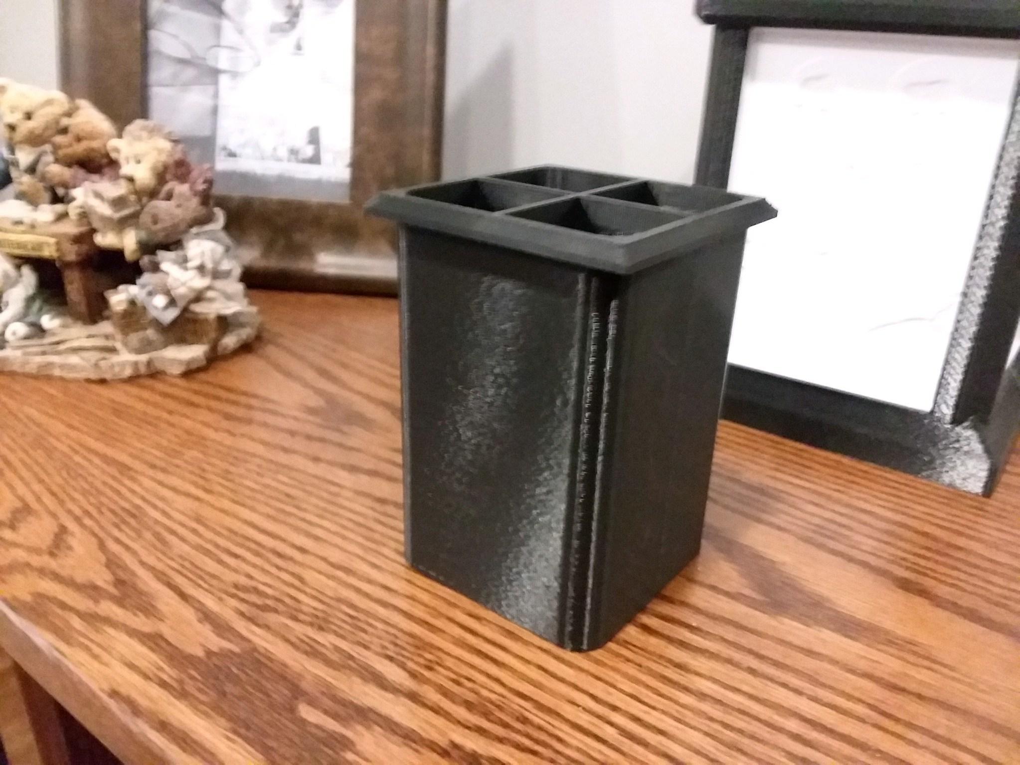 Photo_Jan_29_3_36_44_PM.jpg Download free STL file Lithophane Light Box Desktop Organizer Pencil • 3D print object, HoytDesign