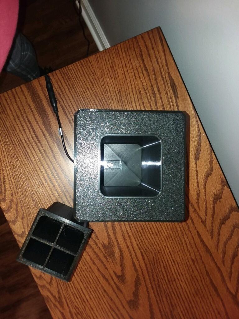 Photo_Jan_29_6_17_47_PM.jpg Download free STL file Lithophane Light Box Desktop Organizer Pencil • 3D print object, HoytDesign