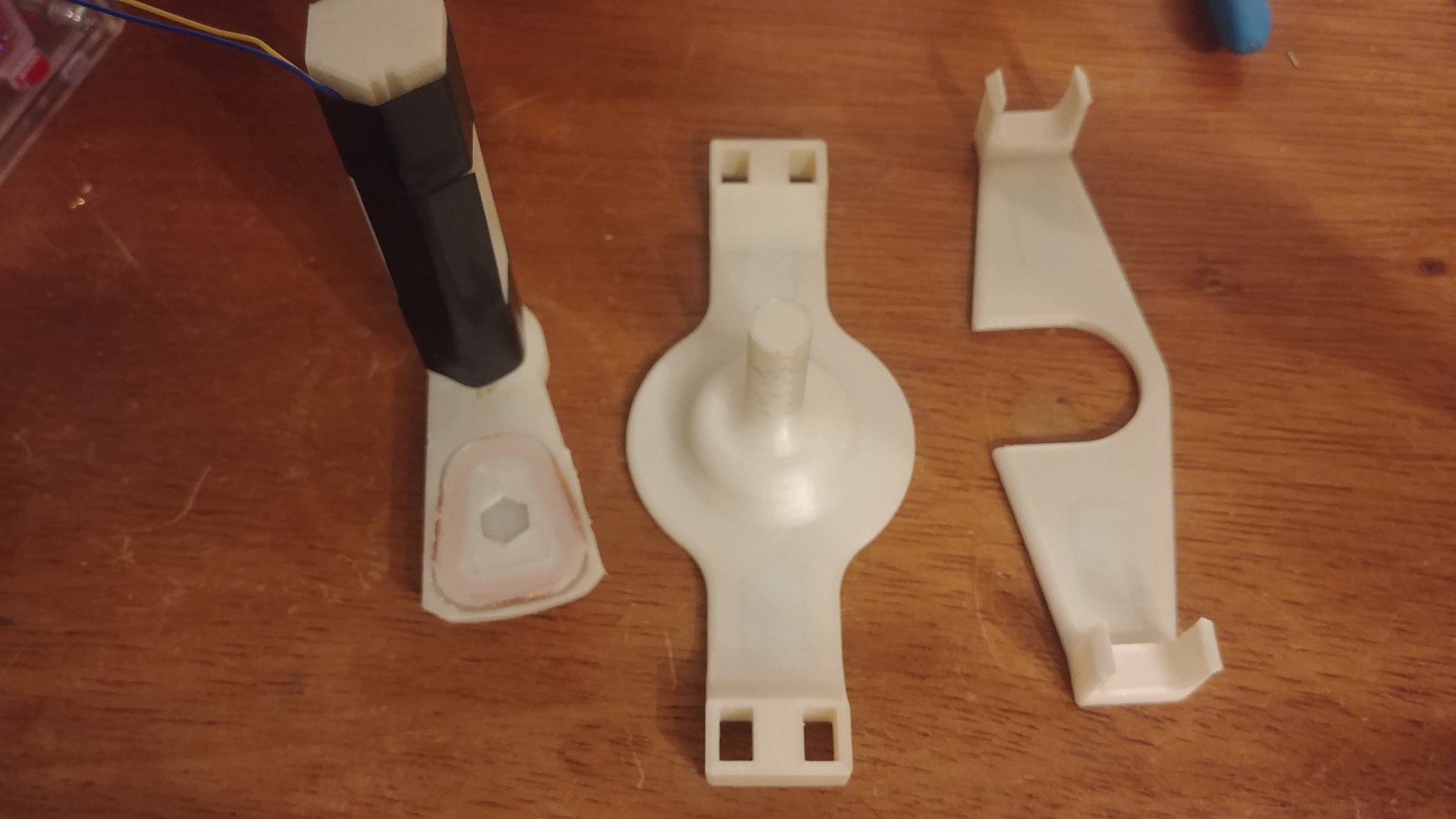 20190910_202718.jpg Download free STL file basic electric generator • 3D printable design, lukeskymuh