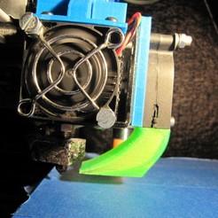 Télécharger modèle 3D gratuit Conduit de ventilation grand débit prolongé pour Anet A8 avec sonde de niveau automatique, lukeskymuh