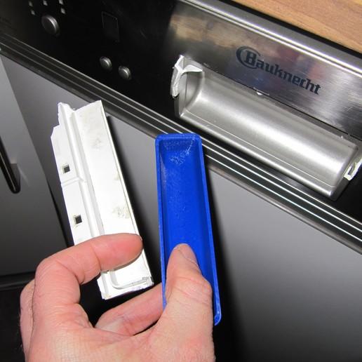 Télécharger fichier STL gratuit Réparation de la poignée du lave-vaisselle Bauknecht GSIK 6583 • Objet à imprimer en 3D, lukeskymuh