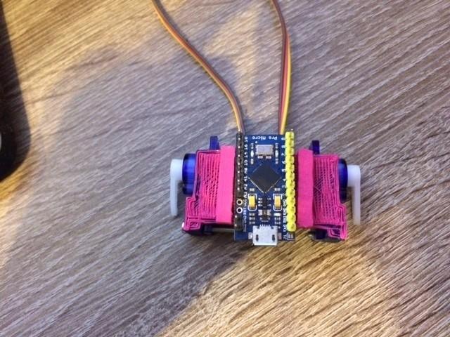af68f11e81df357e51e9ff953c39c758_display_large.JPG Download free STL file Dual servo combo with Arduino Pro Micro mount • 3D printer model, indigo4