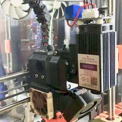Laser_mount_-_1.jpg Télécharger fichier STL gratuit Monture laser pour prusa MK2 - refonte • Objet pour impression 3D, Lammesky