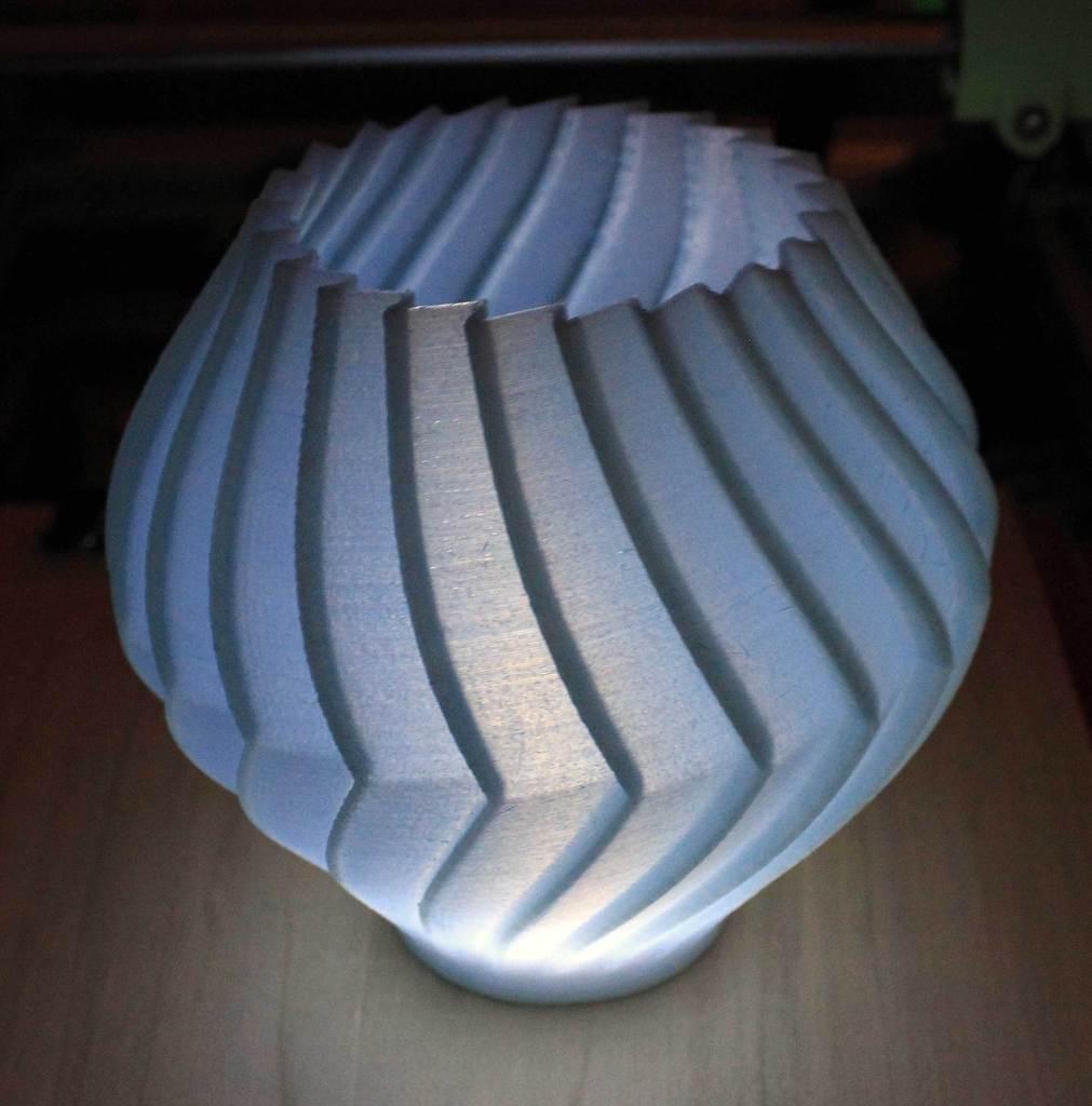 BuzzVase-MM-Lit_display_large.jpg Download free STL file Buzzsaw Vases • Model to 3D print, Revalia6D