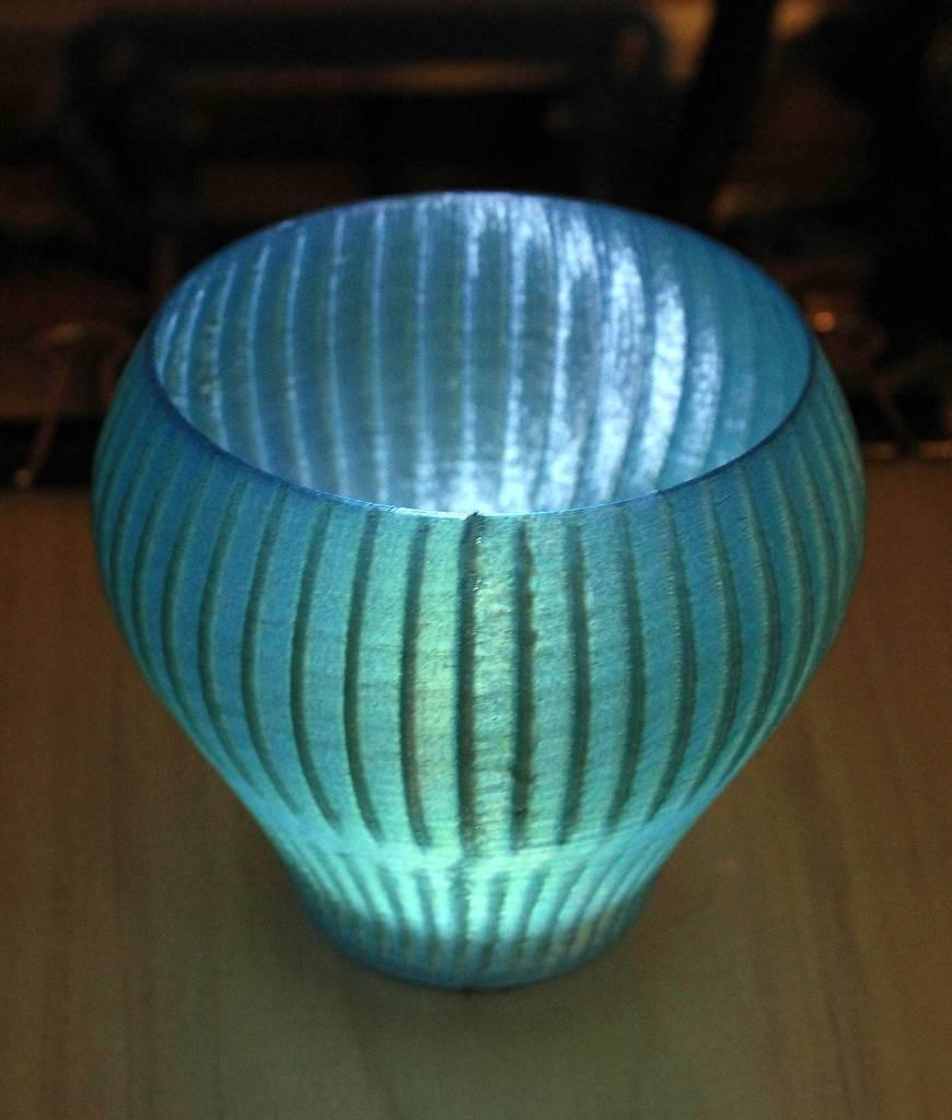 BuzzVase2-Green-lit_display_large.jpg Download free STL file Buzzsaw Vases • Model to 3D print, Revalia6D