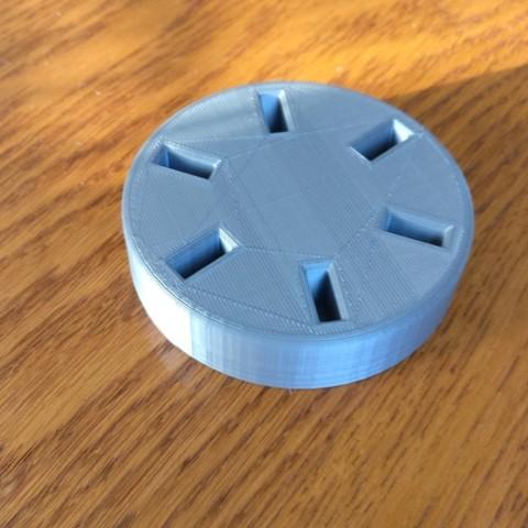 Free 3D printer model Rotary USB key holder, pascalnicot59