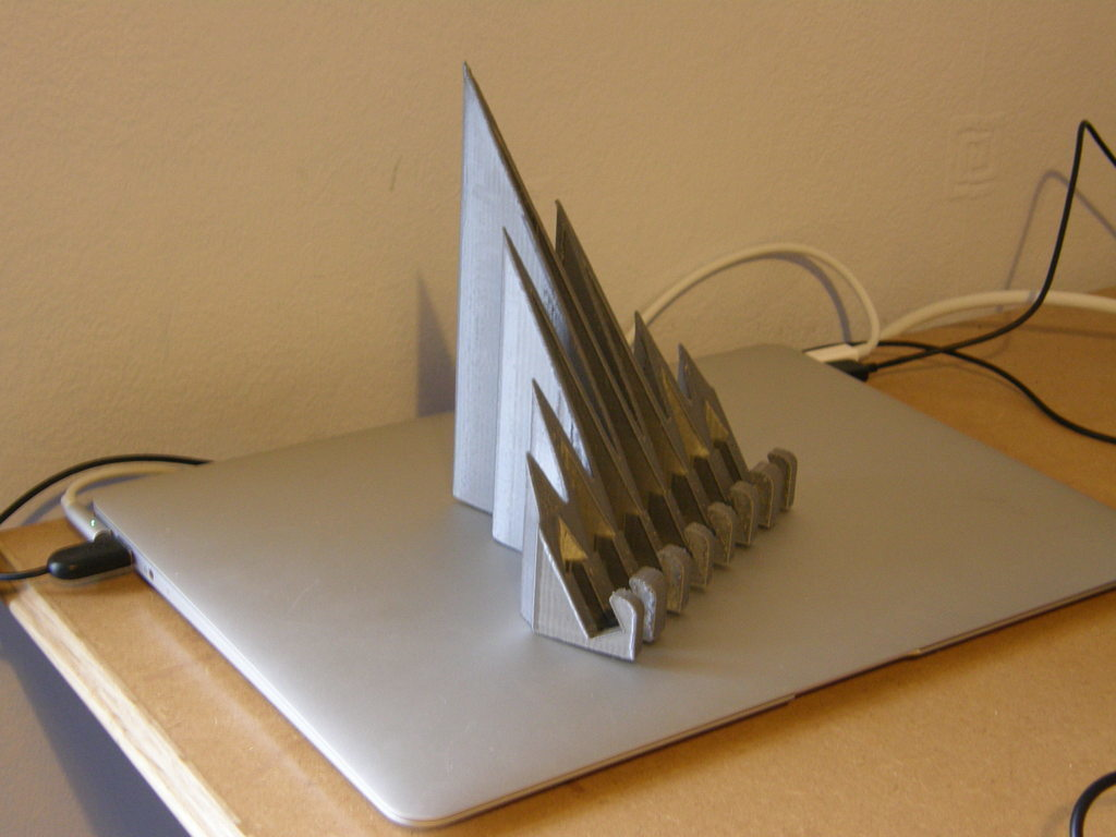 P1140086_display_large.jpg Télécharger fichier STL gratuit Support pour iPad CoolWave 2 • Modèle à imprimer en 3D, Darkolas