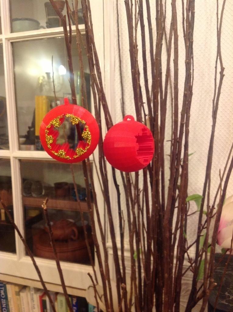 01kBaublePhoto_display_large.jpg Download free STL file Koch Snowflake Christmas bauble / sphere • 3D printing model, Darkolas