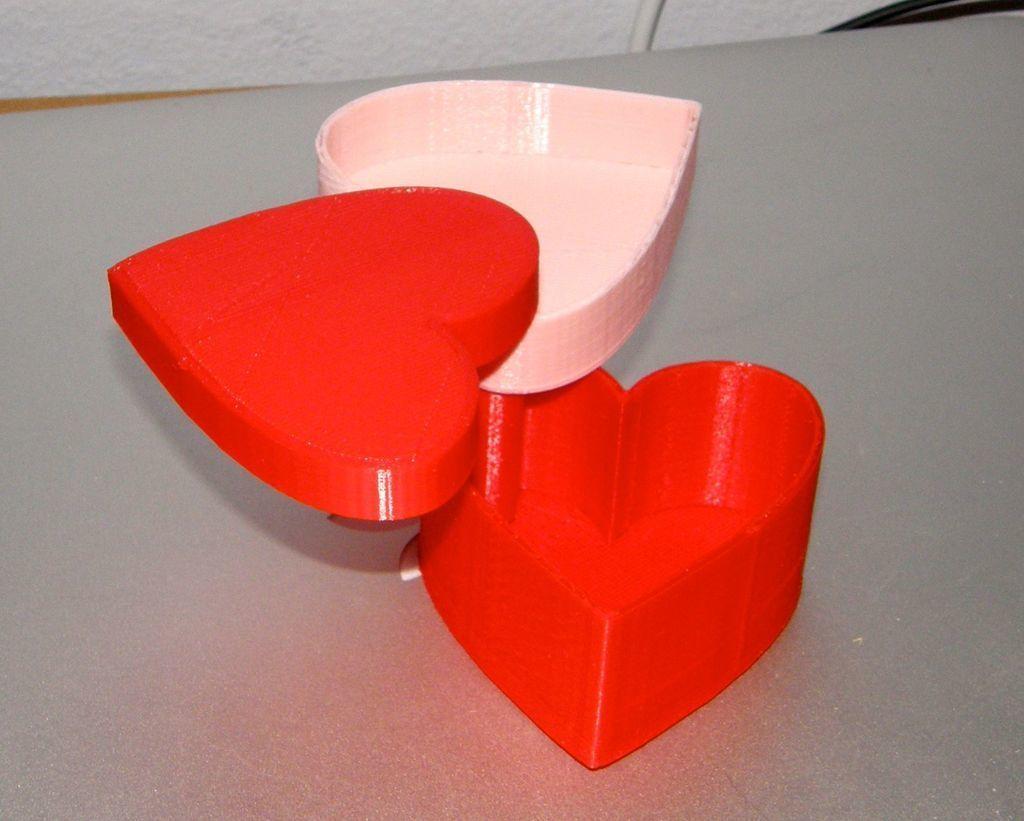 P1240091_display_large.jpg Télécharger fichier STL gratuit Boîte de coeur modulaire pour la Saint-Valentin • Design pour impression 3D, Darkolas