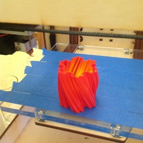 Télécharger objet 3D gratuit Vase à flocons de neige Koch 1, Darkolas