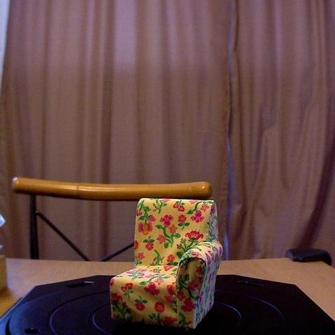photo_display_large.jpg Télécharger fichier STL gratuit Chaise de maison de poupée - Scanner • Modèle imprimable en 3D, Not3dred