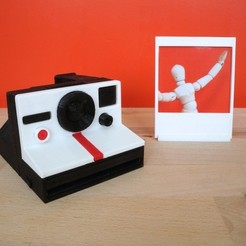 Download free STL Minature Polaroid Camera with Instagram Picture Frame, Runstone