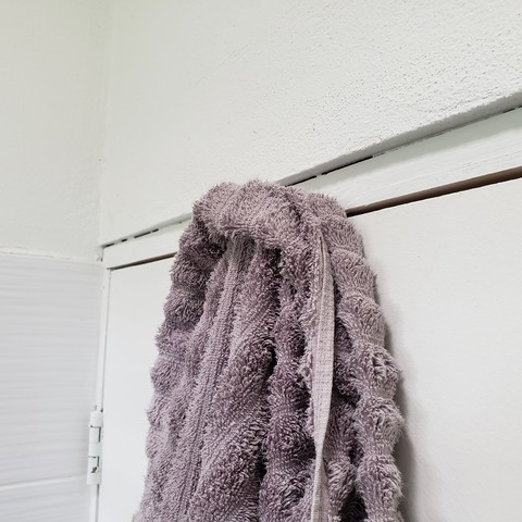 20190604_145351.jpg Download STL file Towel, hook, home, house, decoration ,bathroom, architecture. • 3D printable object, CARLOSVALLELLANES