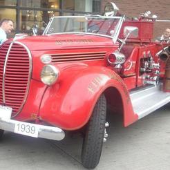 39_Ford_Model_917TE_Fire_Truck_Byward_Auto_Classic.jpg Télécharger fichier STL gratuit Camion de pompiers américain LaFrance/Ford 1939 • Plan à imprimer en 3D, Louisdioramas