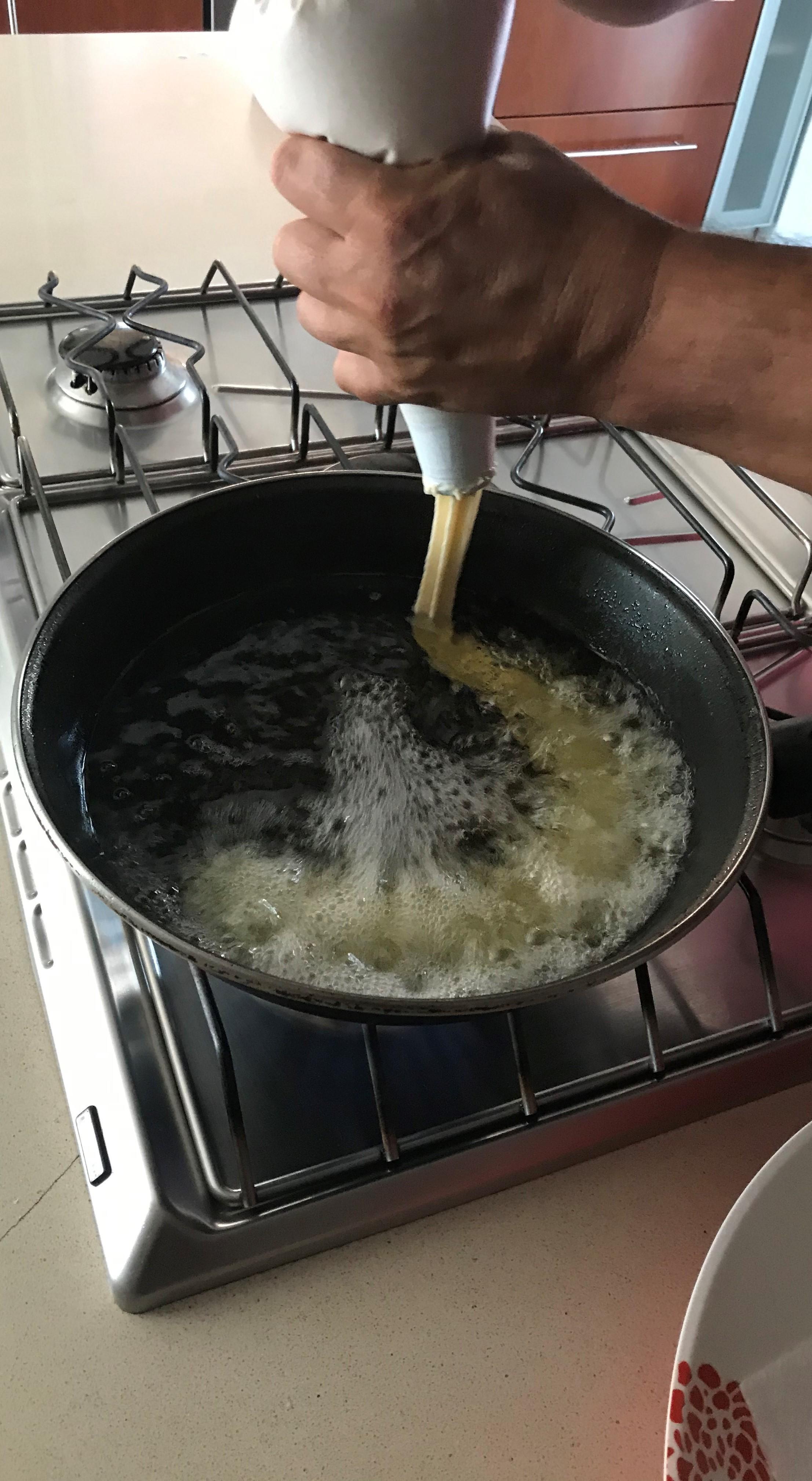 IMG_9076.jpg Télécharger fichier STL gratuit Embouchure de churrera pour manchon de pâtisserie + recette • Plan à imprimer en 3D, SnakeCreations