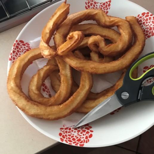 IMG_9085.jpg Télécharger fichier STL gratuit Embouchure de churrera pour manchon de pâtisserie + recette • Plan à imprimer en 3D, SnakeCreations