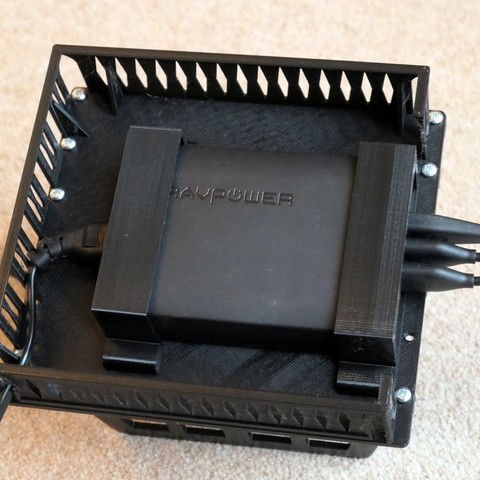 ae91202e193dcba0a5f64268e3946498_display_large.jpg Download free STL file Charge Station for up to 5 mobile devices using RAVpower 60W charger • Model to 3D print, PapaBravo
