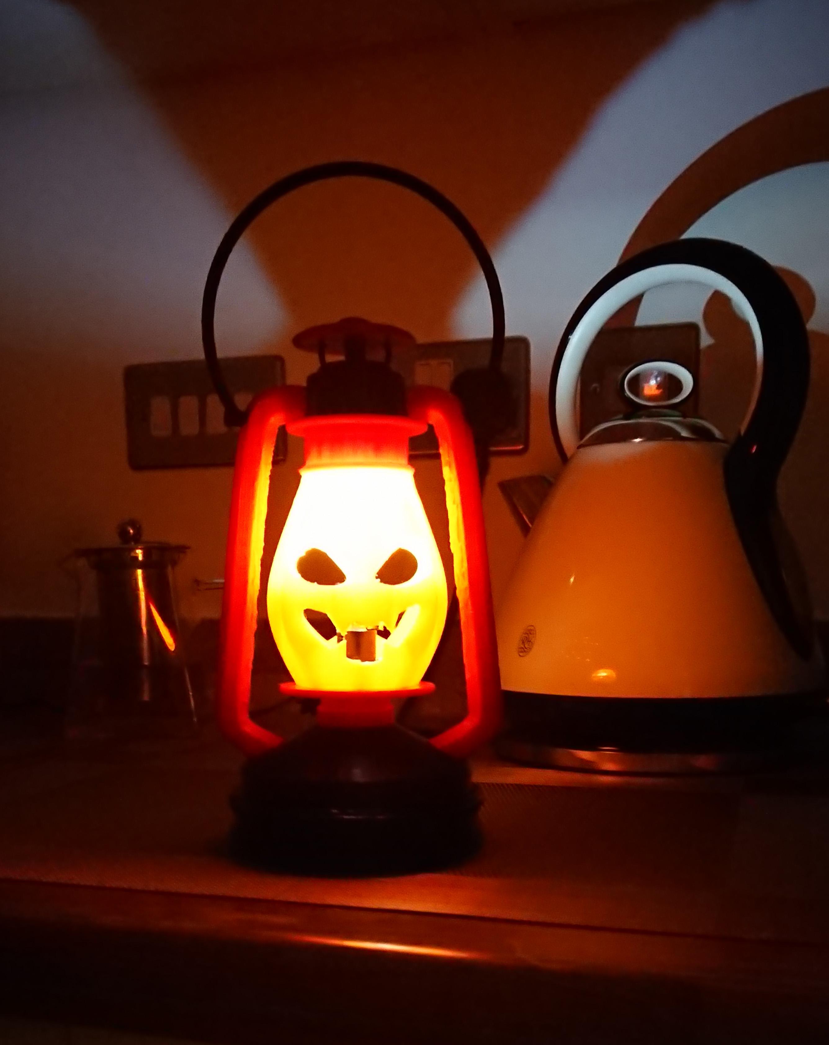 DSC_0225.JPG Télécharger fichier STL gratuit Lampe au kérosène version Halloween • Modèle à imprimer en 3D, poblocki1982