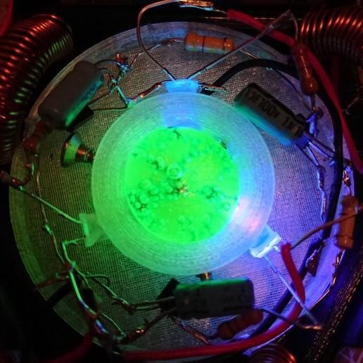 _20191228_200546.JPG Télécharger fichier STL gratuit Oscillateur à verre d'uranium • Plan imprimable en 3D, poblocki1982