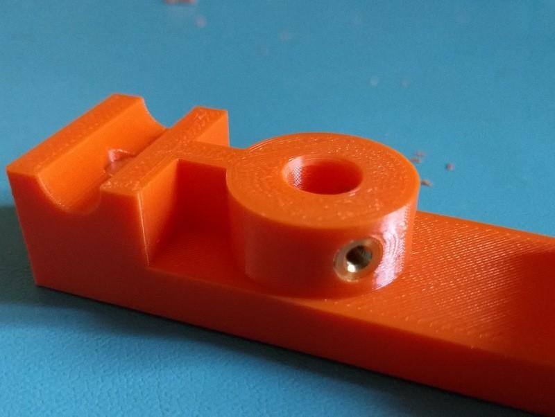 afc6e17cd8667bd7b803b70cdad8d81a_display_large.jpg Download free STL file Customizable magnetic Flashforge Creator Pro Leveling Indicator holder • 3D print design, zapta
