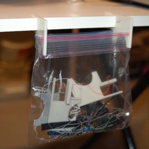 Free STL file Work Table Trash Bag Holder, Balkhnarb