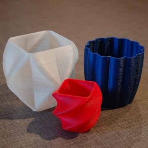Download free 3D printer templates Rounded Square Vase, Cup, and Bracelet Generator, Balkhnarb