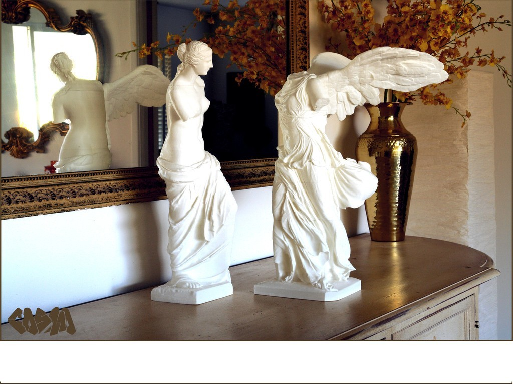 Venus_de_Milo_and_Winged_Victory_on_sideboard_4x3_by_Cosmo_Wenman_display_large.jpg Download free OBJ file Winged Victory of Samothrace • 3D printable object, Ghashgar