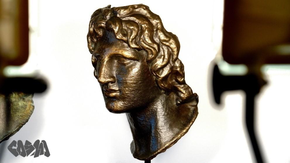 DSC00899_edited_display_large.jpg Télécharger fichier STL gratuit Portrait d'Alexandre le Grand • Modèle pour imprimante 3D, Ghashgar