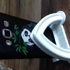 Download free 3D printer model gothic phone holder, psykotron69