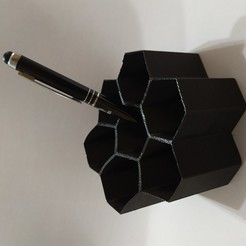 IMG_20200802_195823.jpg Download free STL file hexagonal pencil basket • Model to 3D print, arcecruz682