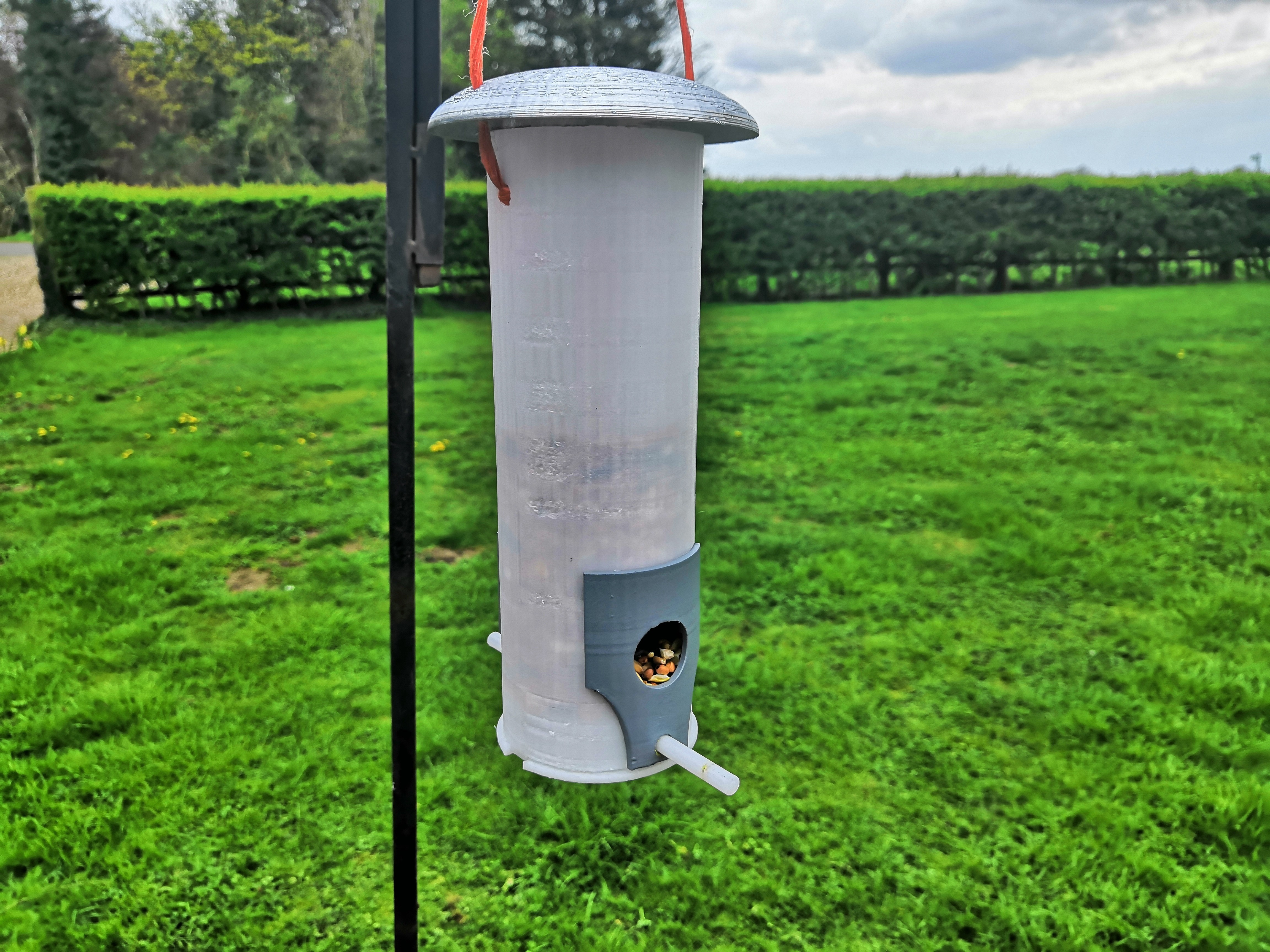 IMG_20190414_131018.jpg Download free STL file Bird Feeder • Model to 3D print, spofff