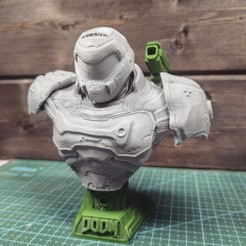 5HNBgIbmekE.jpg Download STL file Doom Slayer Bust • 3D printer model, freeclimbingbo