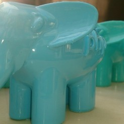 Download free 3D printer templates elePHPant, Yipham