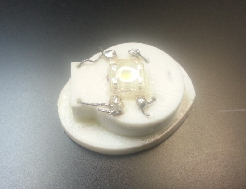 batteryholder_02_display_large.jpg Download free STL file Threadable CR2032 Battery Holder • 3D print design, Tramgonce