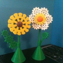 Download free 3D printing designs Gear Flowers (pins, magnets, or standalone), Tramgonce
