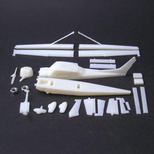1 cessna 172 skyhawk - pla - parts 6 - IMG_2343 copy.jpg Download free STL file Cessna 172 Skyhawk 1:72 • 3D print design, heri__suprapto